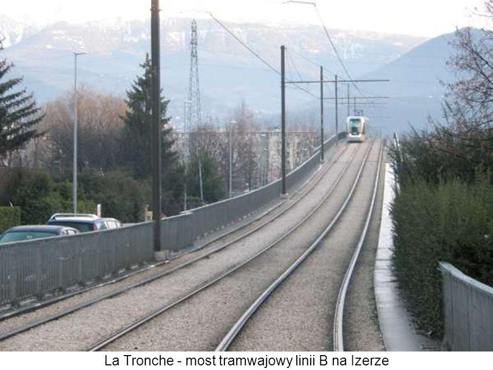 La Tronche - most tramwajowy linii B na Izerze