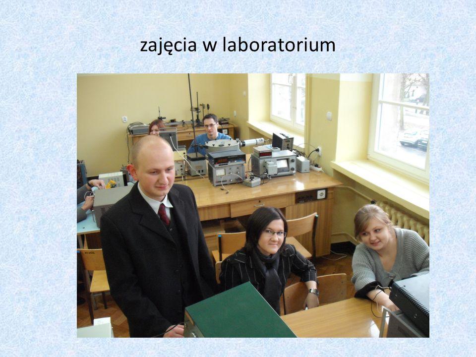 zajęcia w laboratorium