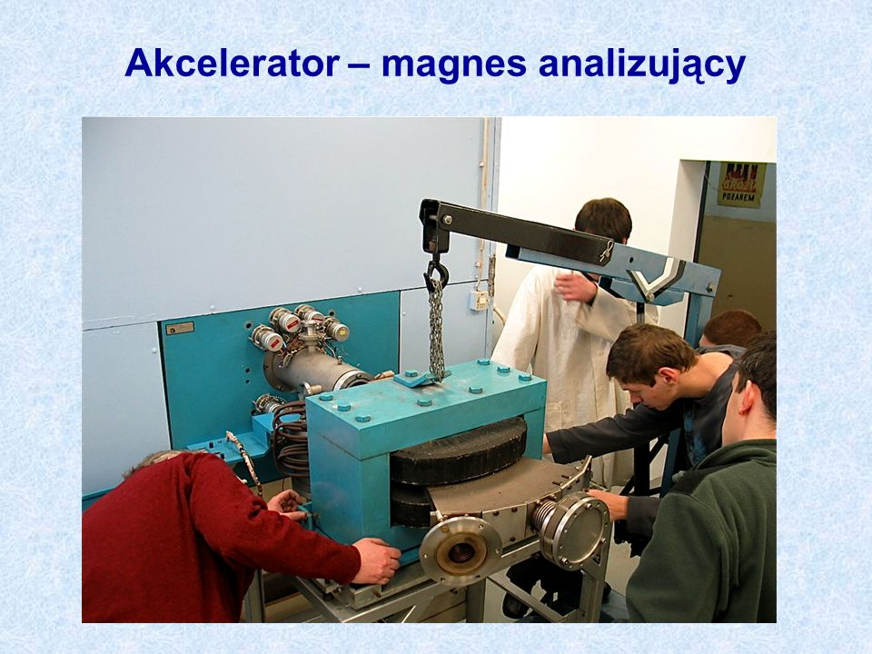 Akcelerator – magnes analizujący