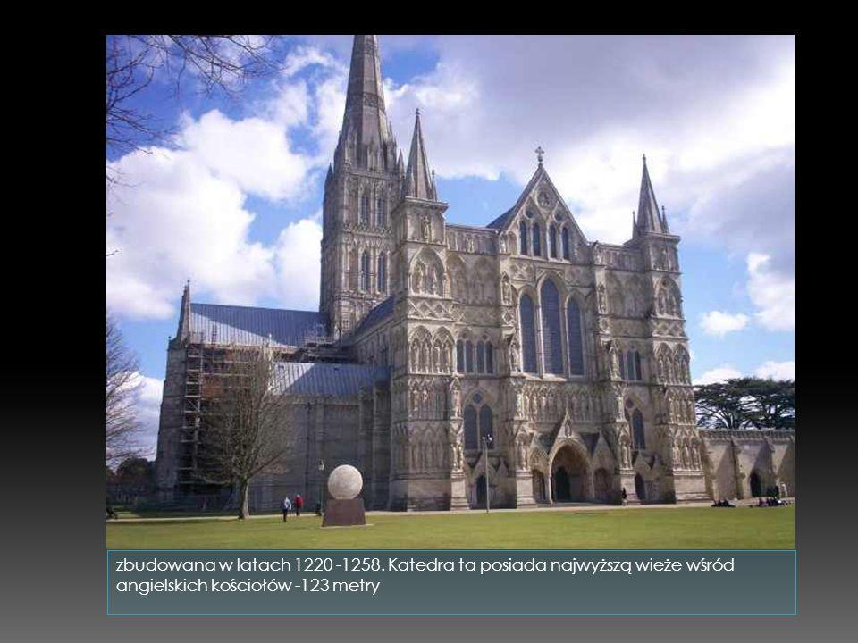 zbudowana w latach 1220 -1258.