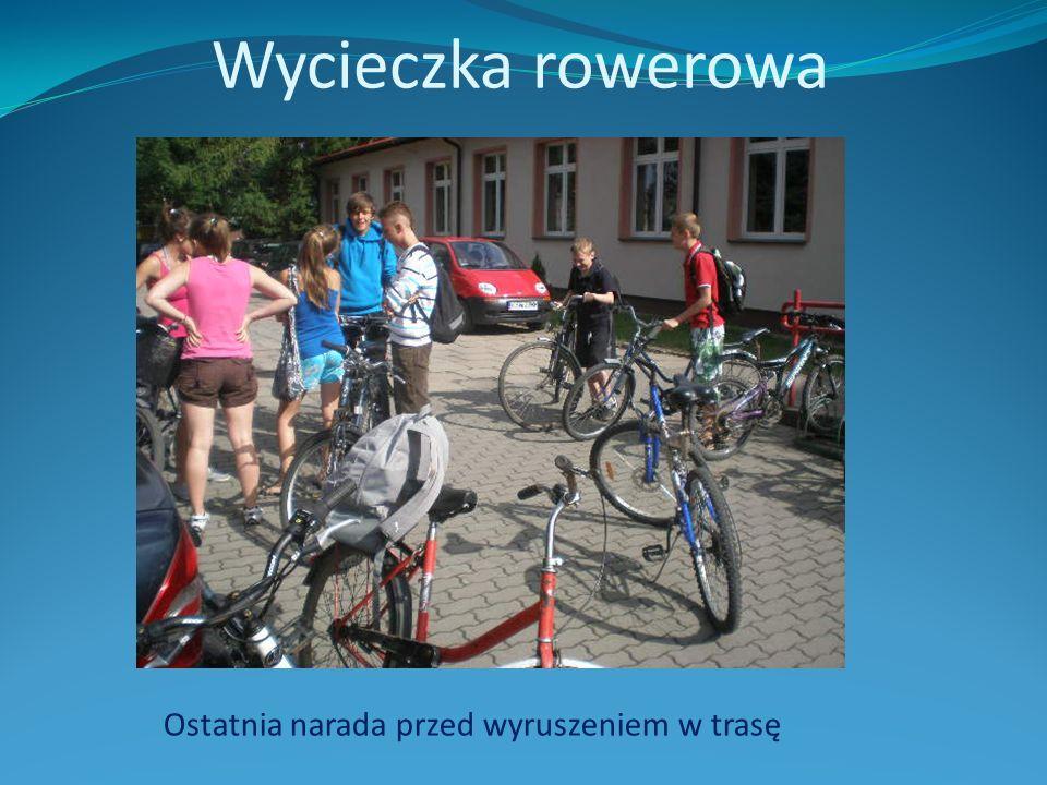 Wycieczka rowerowa Ostatnia narada przed wyruszeniem w trasę