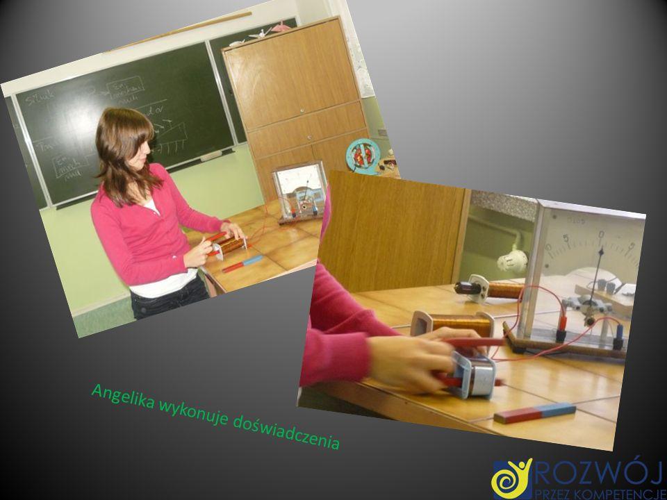 Angelika wykonuje doświadczenia