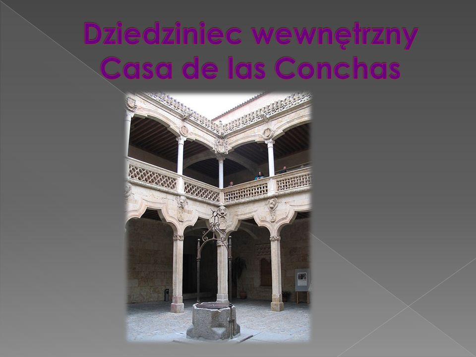 Dziedziniec wewnętrzny Casa de las Conchas