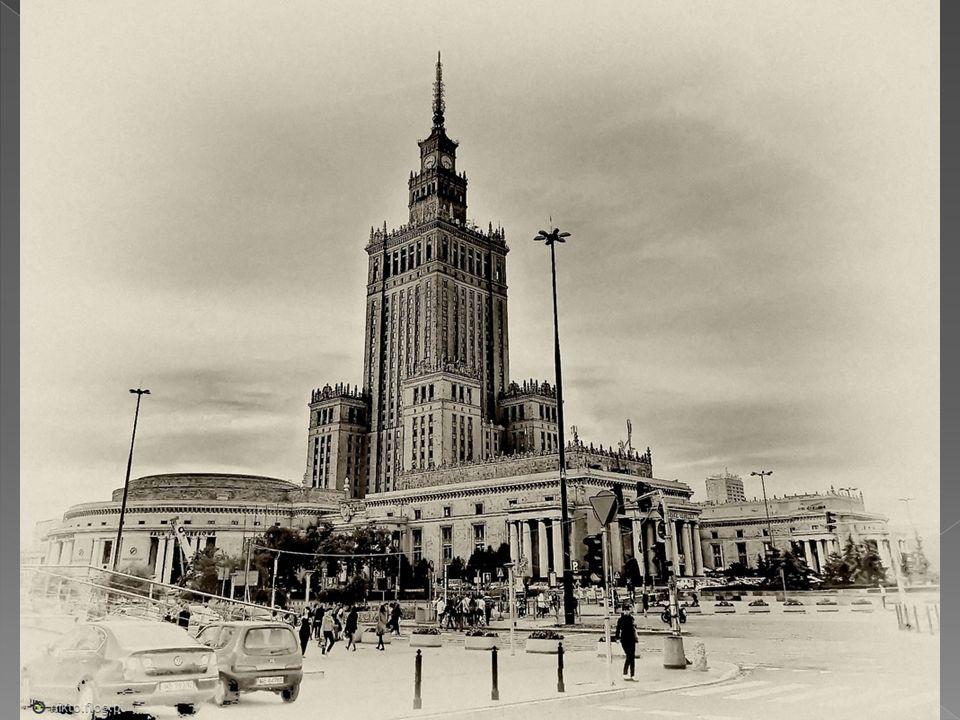 Warszawa-palac kultury i nauki.