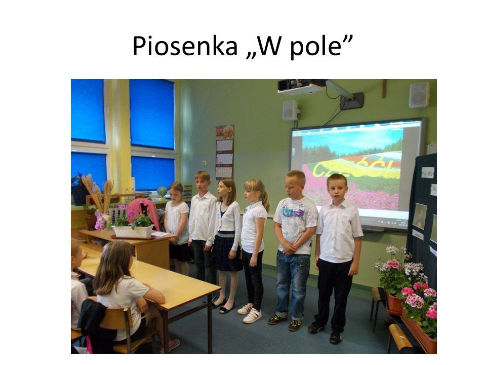 """Piosenka """"W pole"""