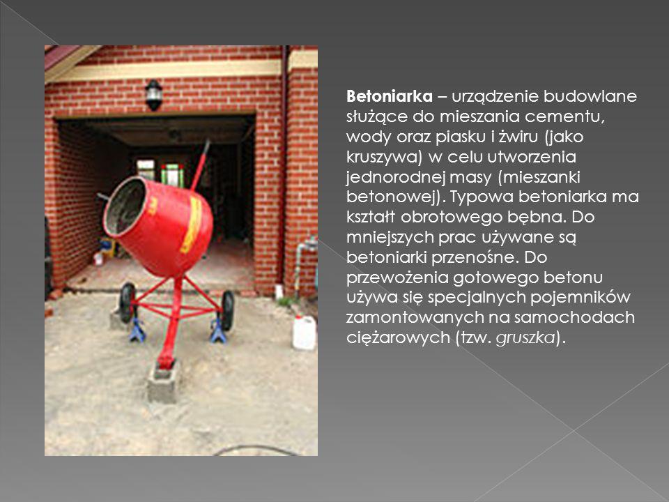 Betoniarka – urządzenie budowlane służące do mieszania cementu, wody oraz piasku i żwiru (jako kruszywa) w celu utworzenia jednorodnej masy (mieszanki betonowej).