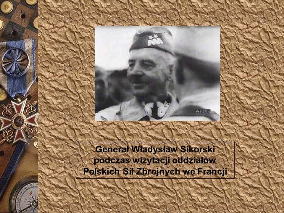Generał Władysław Sikorski podczas wizytacji oddziałów Polskich Sił Zbrojnych we Francji