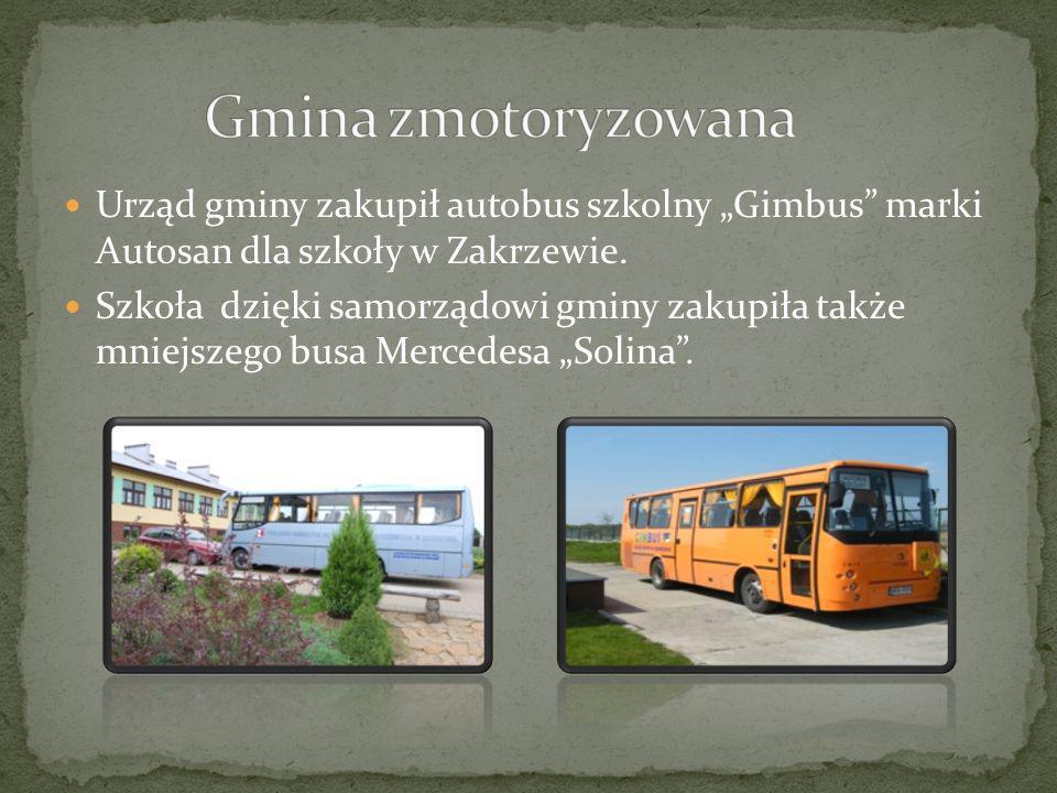 """Gmina zmotoryzowanaUrząd gminy zakupił autobus szkolny """"Gimbus marki Autosan dla szkoły w Zakrzewie."""
