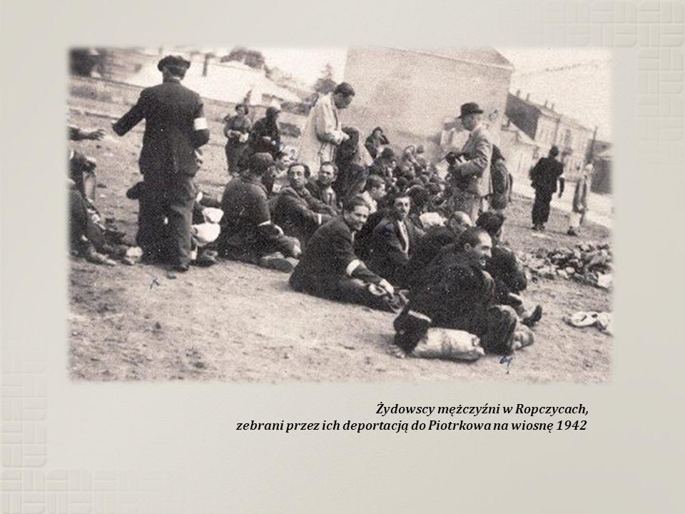 Żydowscy mężczyźni w Ropczycach,