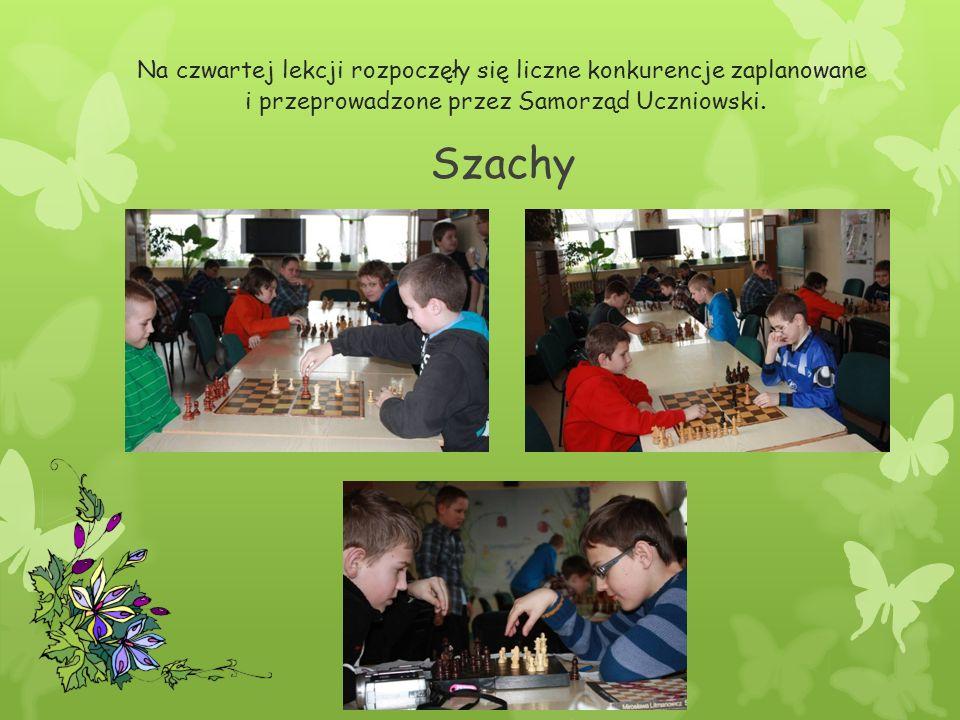 Na czwartej lekcji rozpoczęły się liczne konkurencje zaplanowane i przeprowadzone przez Samorząd Uczniowski.