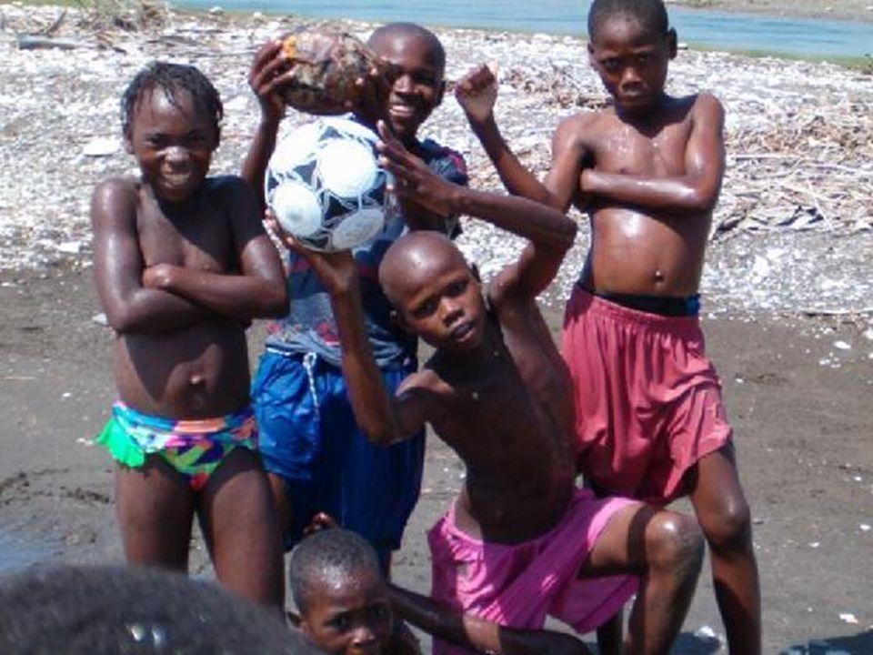 Adopcja na odległość małych Haitańczyków