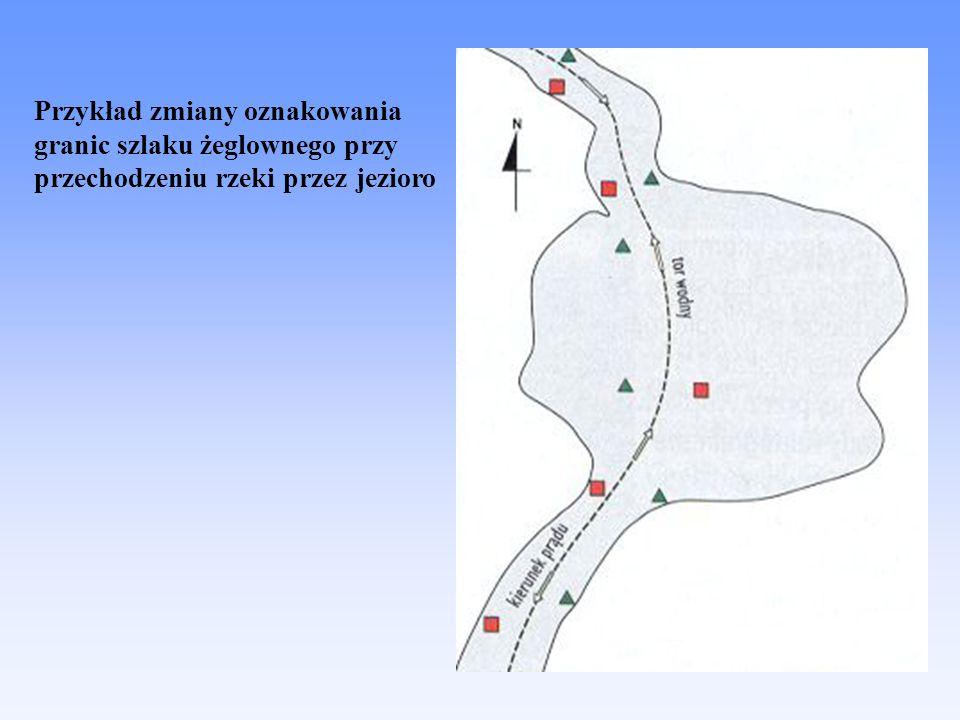 Przykład zmiany oznakowania granic szlaku żeglownego przy przechodzeniu rzeki przez jezioro