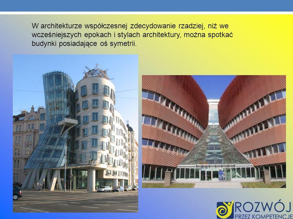 W architekturze współczesnej zdecydowanie rzadziej, niż we wcześniejszych epokach i stylach architektury, można spotkać budynki posiadające oś symetrii.