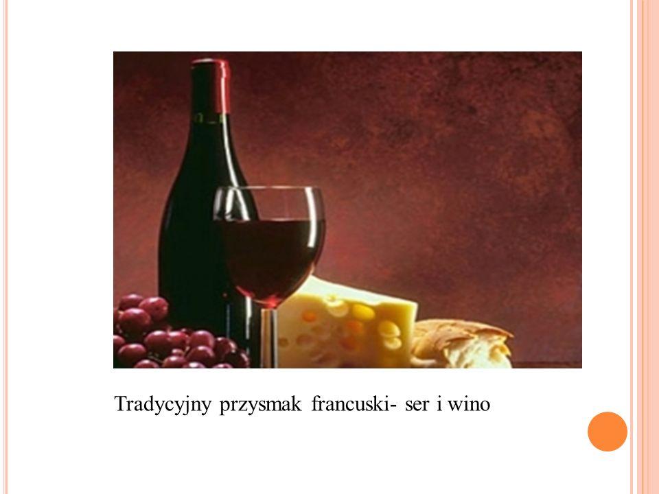 Tradycyjny przysmak francuski- ser i wino