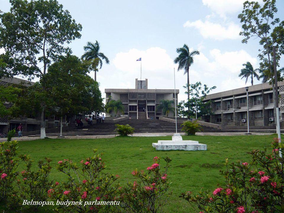 Belmopan, budynek parlamentu