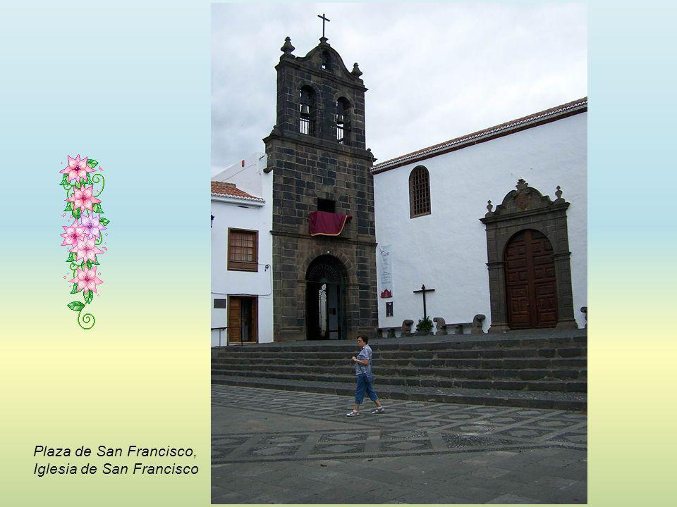Plaza de San Francisco, Iglesia de San Francisco