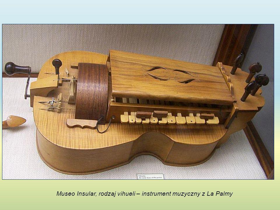 Museo Insular, rodzaj vihueli – instrument muzyczny z La Palmy