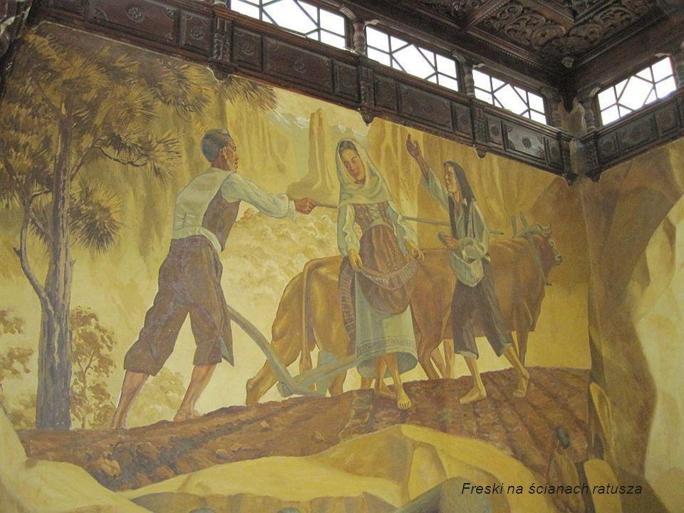 Freski na ścianach ratusza