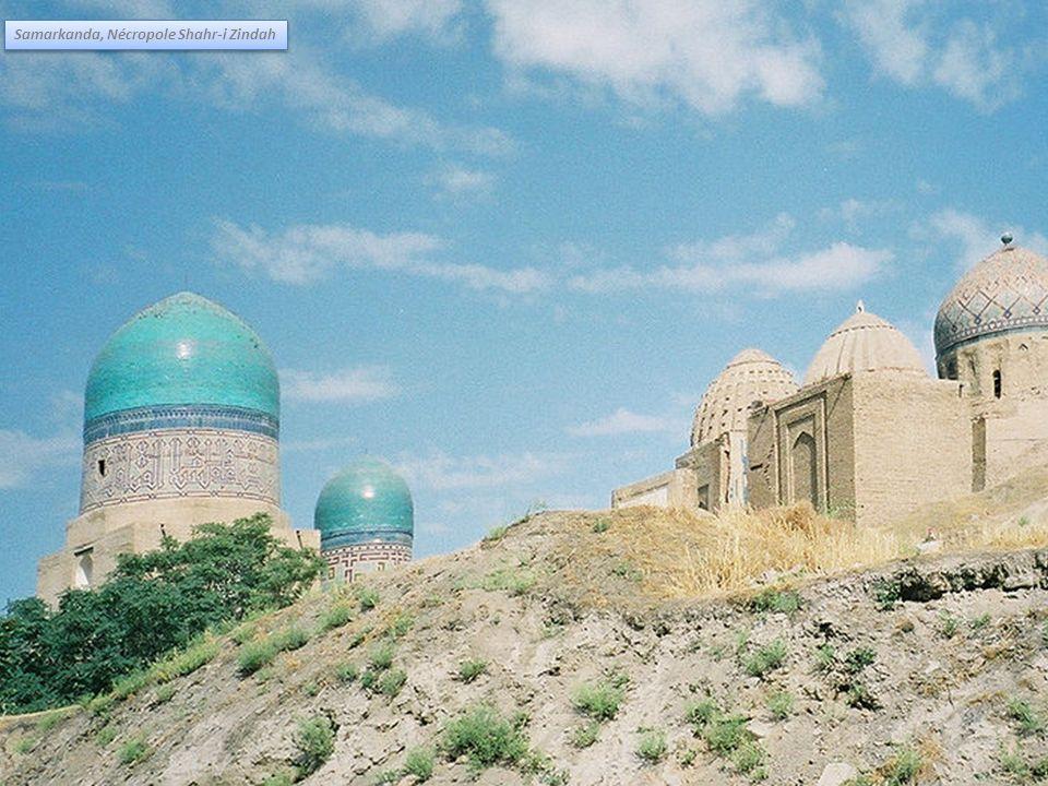 Samarkanda, Nécropole Shahr-i Zindah