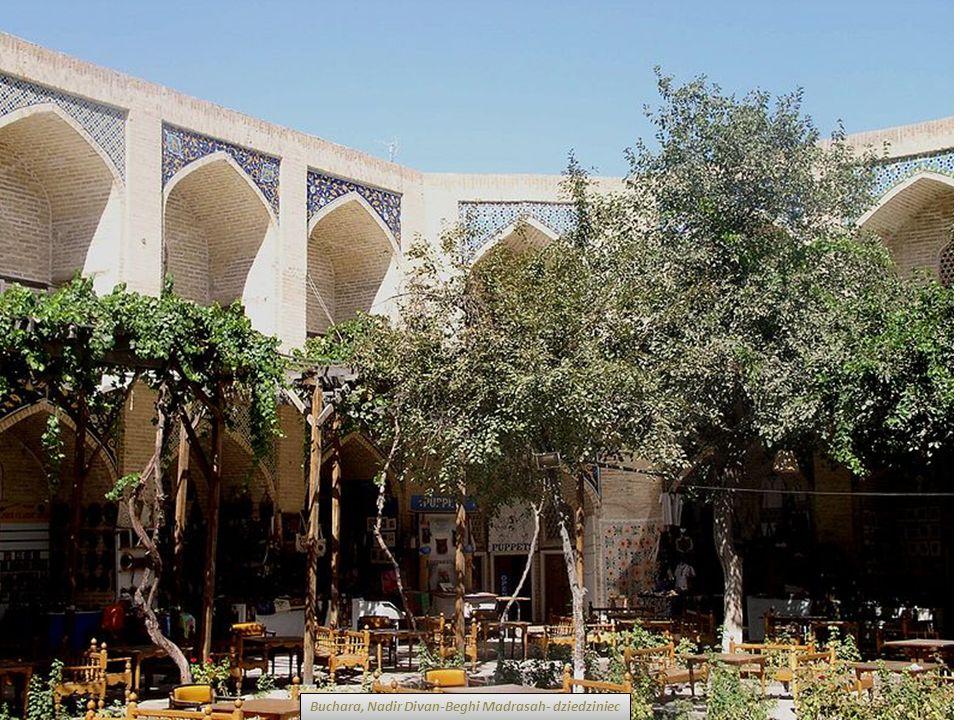 Buchara, Nadir Divan-Beghi Madrasah- dziedziniec
