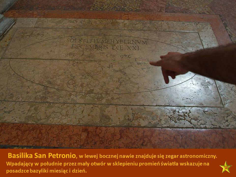 Basilika San Petronio, w lewej bocznej nawie znajduje się zegar astronomiczny.