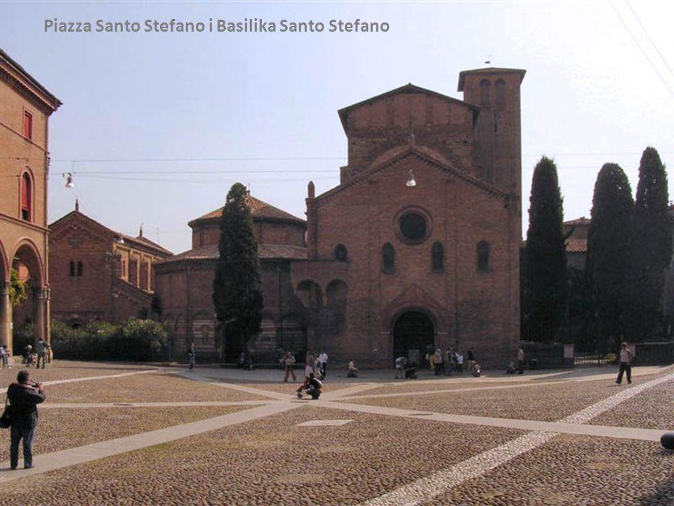 Piazza Santo Stefano i Basilika Santo Stefano