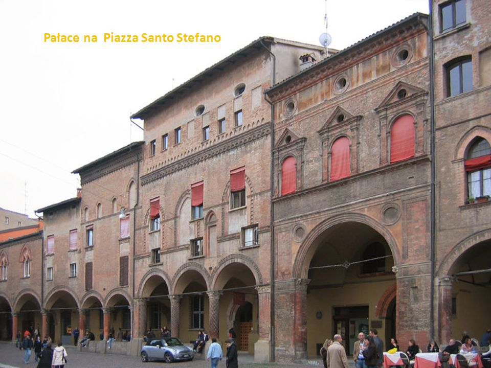 Pałace na Piazza Santo Stefano