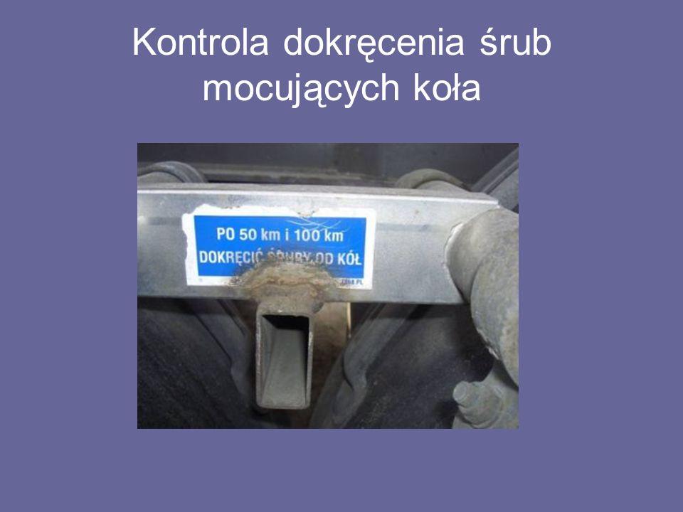 Kontrola dokręcenia śrub mocujących koła