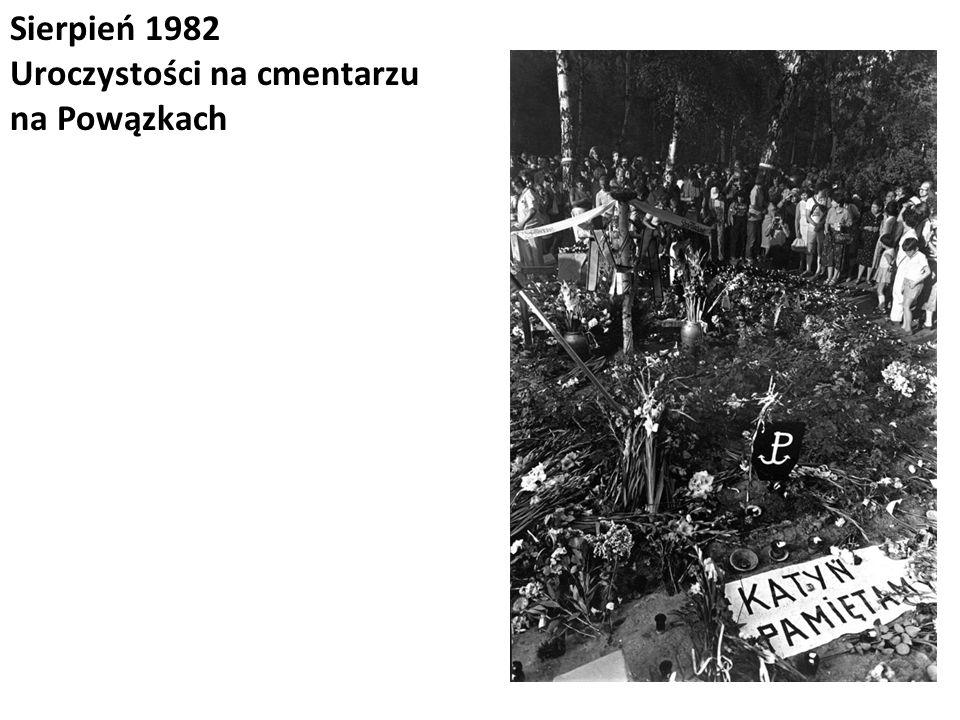 Sierpień 1982 Uroczystości na cmentarzu na Powązkach