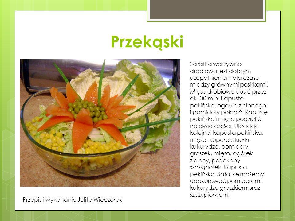Przekąski Sałatka warzywno-drobiowa jest dobrym uzupełnieniem dla czasu miedzy głównymi posiłkami.