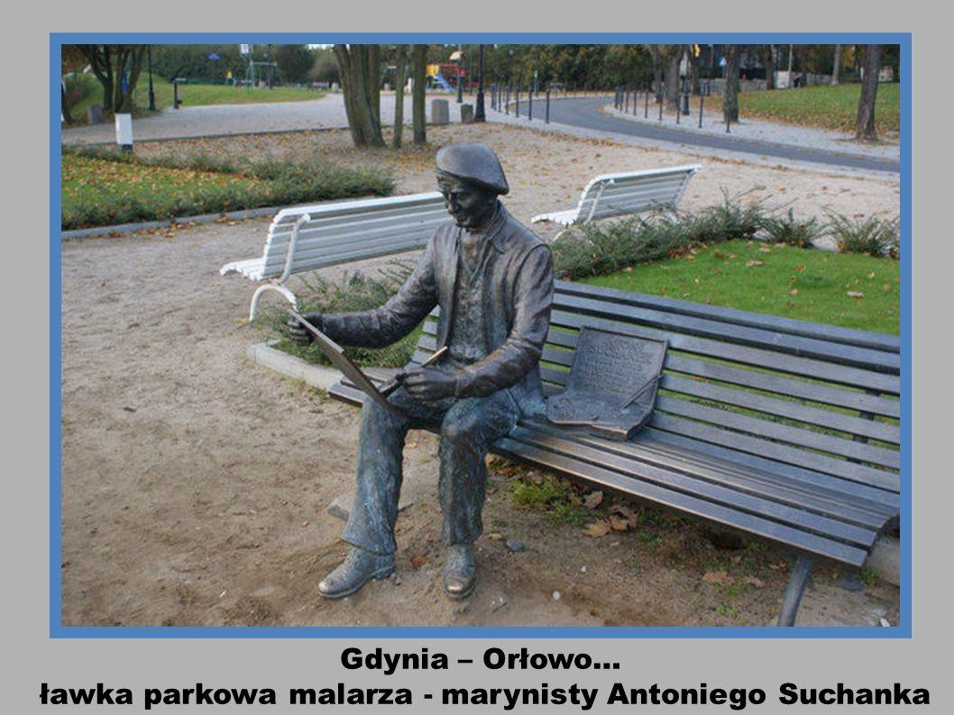 ławka parkowa malarza - marynisty Antoniego Suchanka