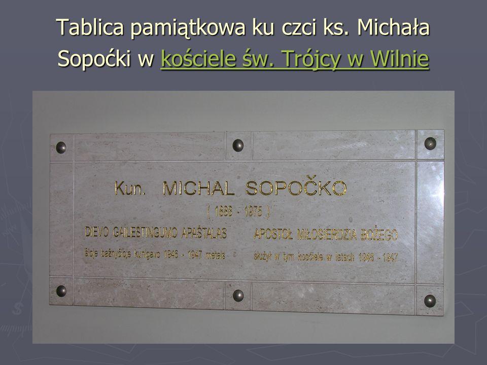 Tablica pamiątkowa ku czci ks. Michała Sopoćki w kościele św