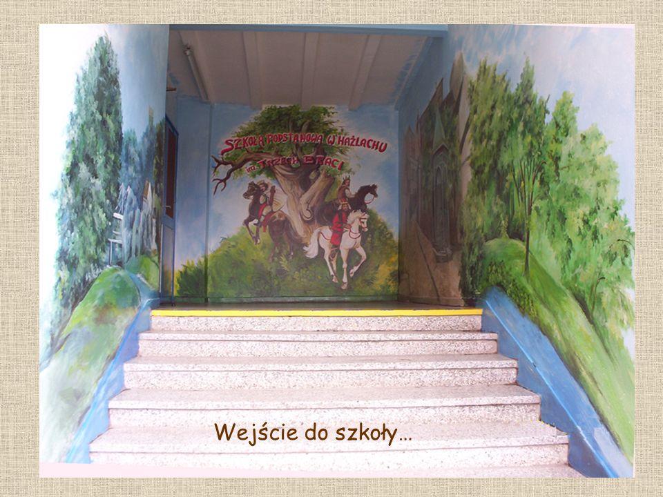 Wejście do szkoły…