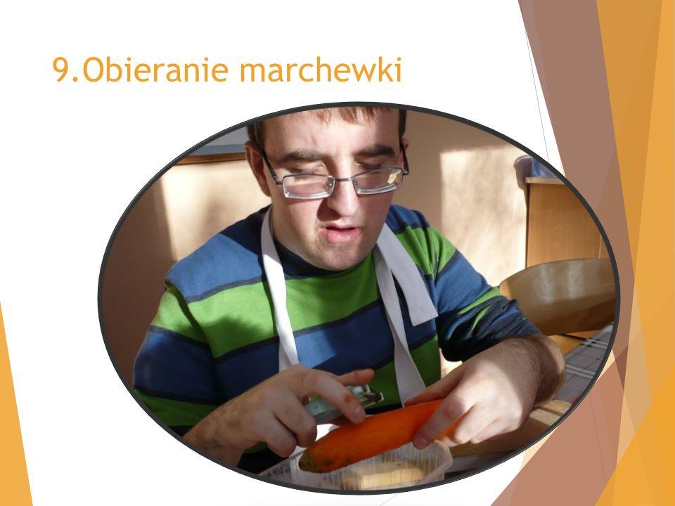 9.Obieranie marchewki