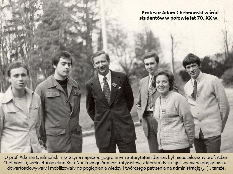 Profesor Adam Chełmoński wśród studentów w połowie lat 70. XX w.