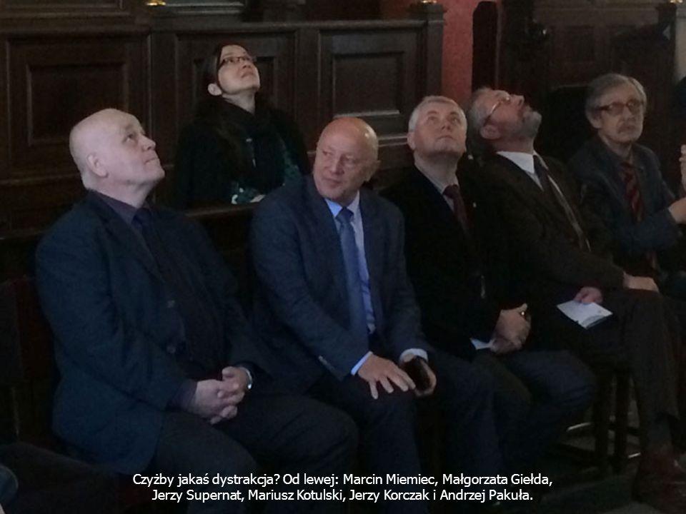 Czyżby jakaś dystrakcja Od lewej: Marcin Miemiec, Małgorzata Giełda,