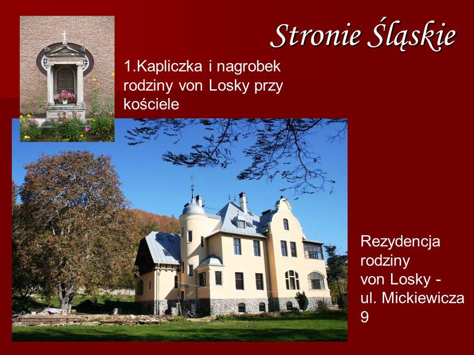 Stronie Śląskie Kapliczka i nagrobek rodziny von Losky przy kościele