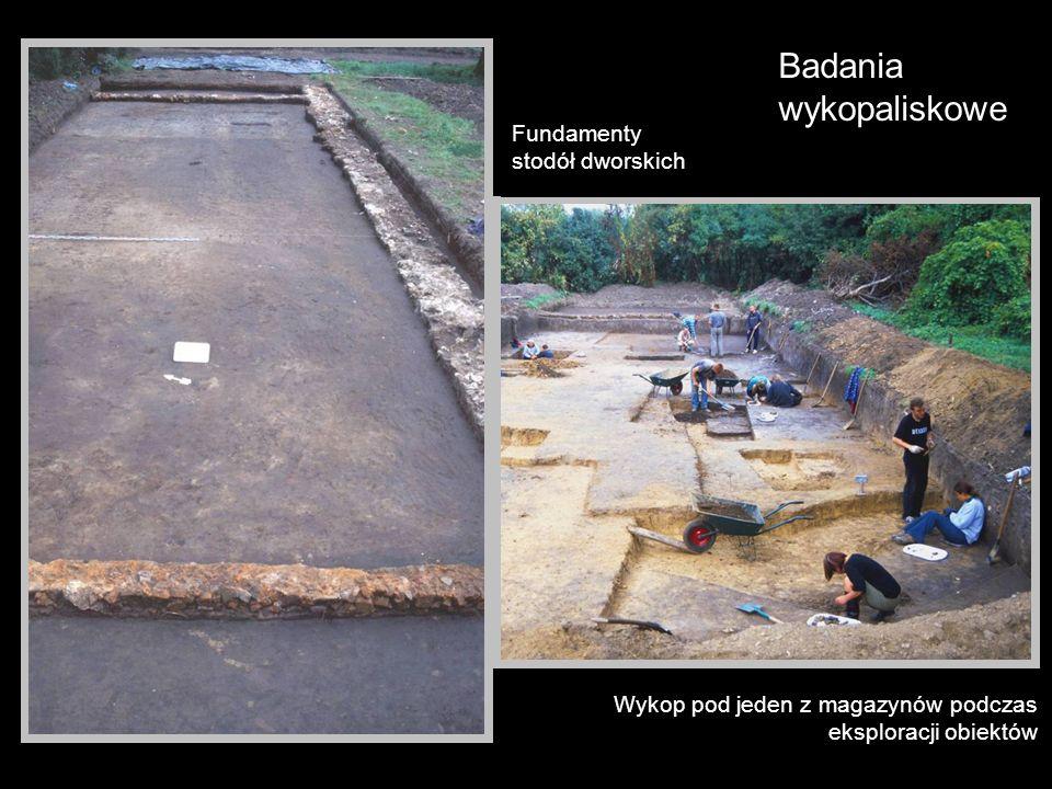 Badania wykopaliskowe Fundamenty stodół dworskich