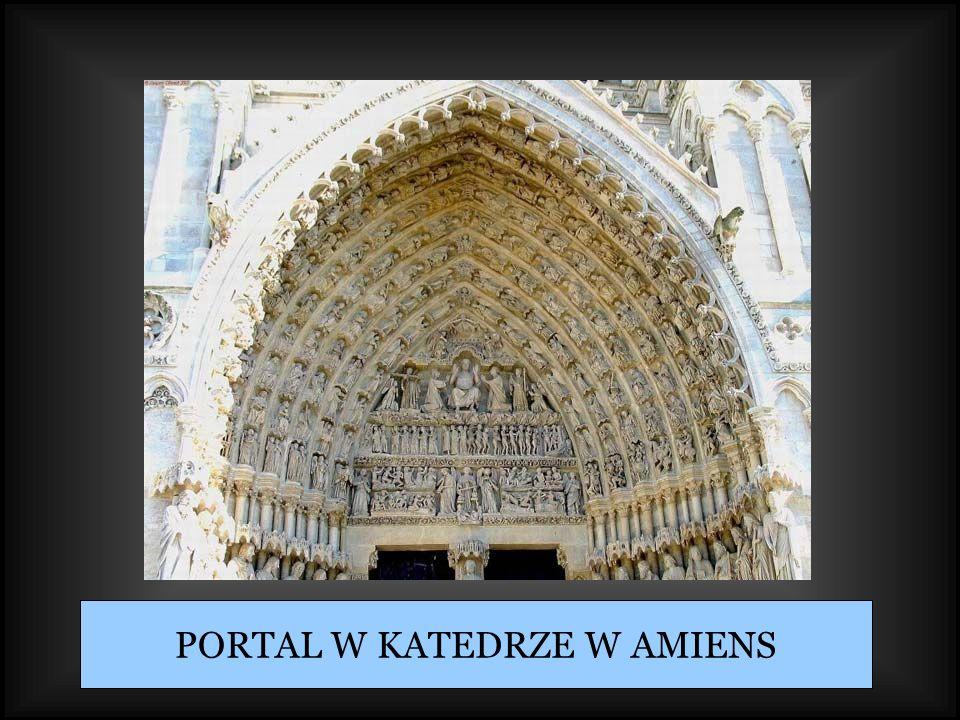 PORTAL W KATEDRZE W AMIENS