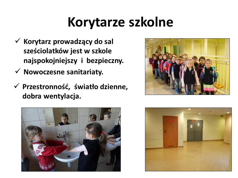 Korytarze szkolneKorytarz prowadzący do sal sześciolatków jest w szkole najspokojniejszy i bezpieczny.