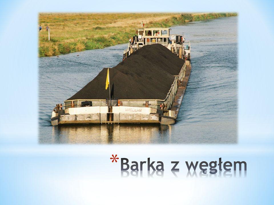 Barka z węgłem