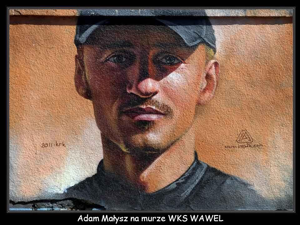 Adam Małysz na murze WKS WAWEL