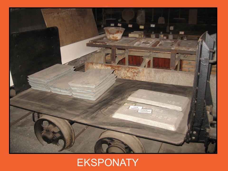EKSPONATY Zgromadzone w Izbie narzędzia i wyroby pracy hutników,