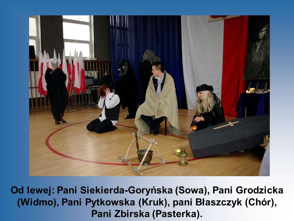 Od lewej: Pani Siekierda-Goryńska (Sowa), Pani Grodzicka (Widmo), Pani Pytkowska (Kruk), pani Błaszczyk (Chór), Pani Zbirska (Pasterka).