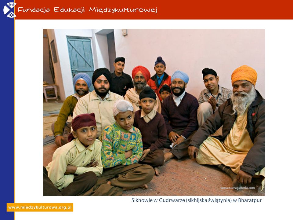 Sikhowie w Gudrwarze (sikhijska świątynia) w Bharatpur