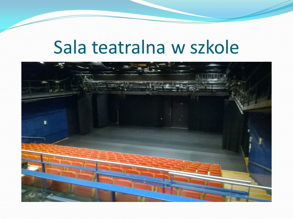 Sala teatralna w szkole
