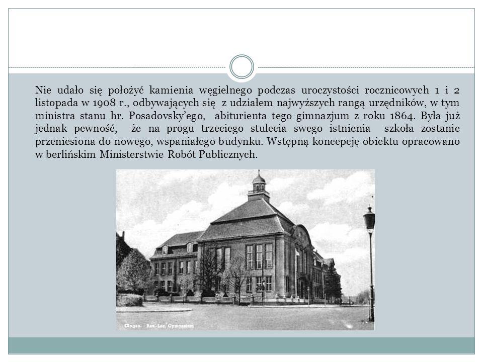 Nie udało się położyć kamienia węgielnego podczas uroczystości rocznicowych 1 i 2 listopada w 1908 r., odbywających się z udziałem najwyższych rangą urzędników, w tym ministra stanu hr.