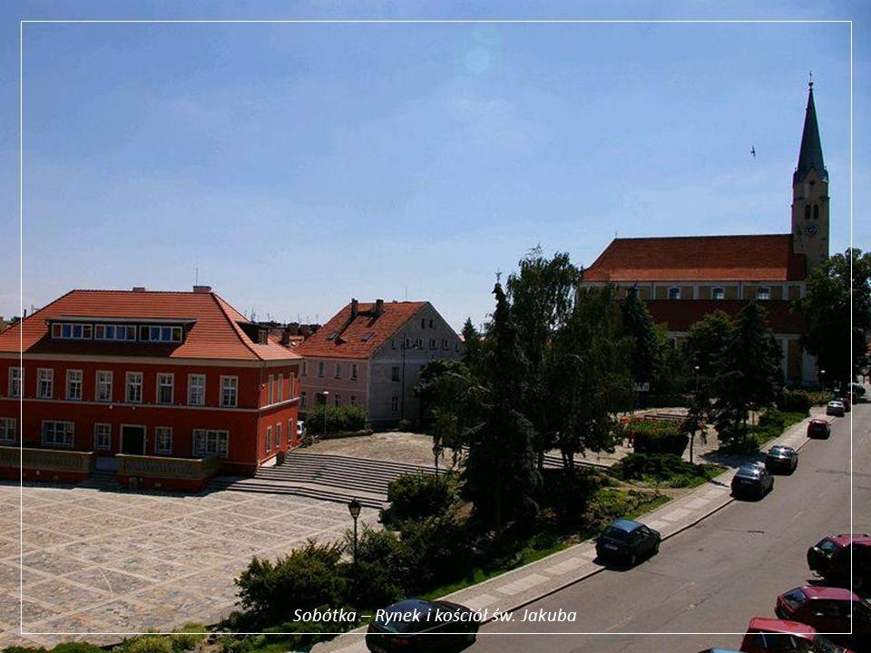 Sobótka – Rynek i kościół św. Jakuba