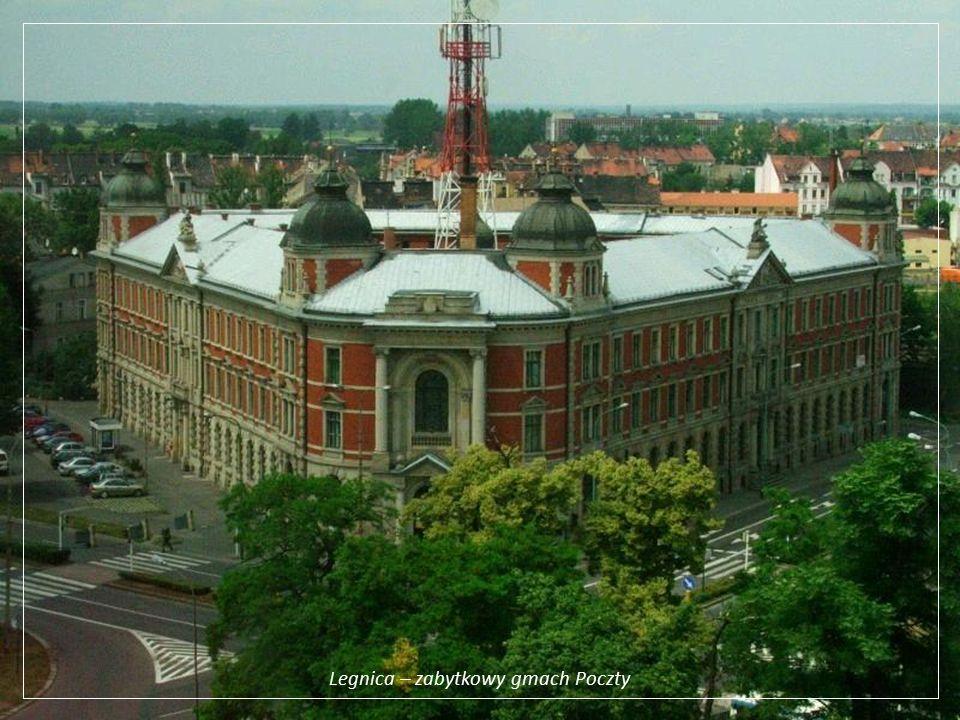 Legnica – zabytkowy gmach Poczty