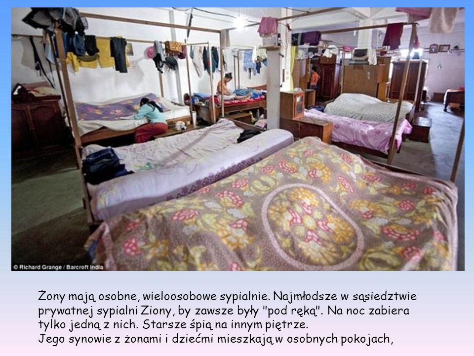 Żony mają osobne, wieloosobowe sypialnie